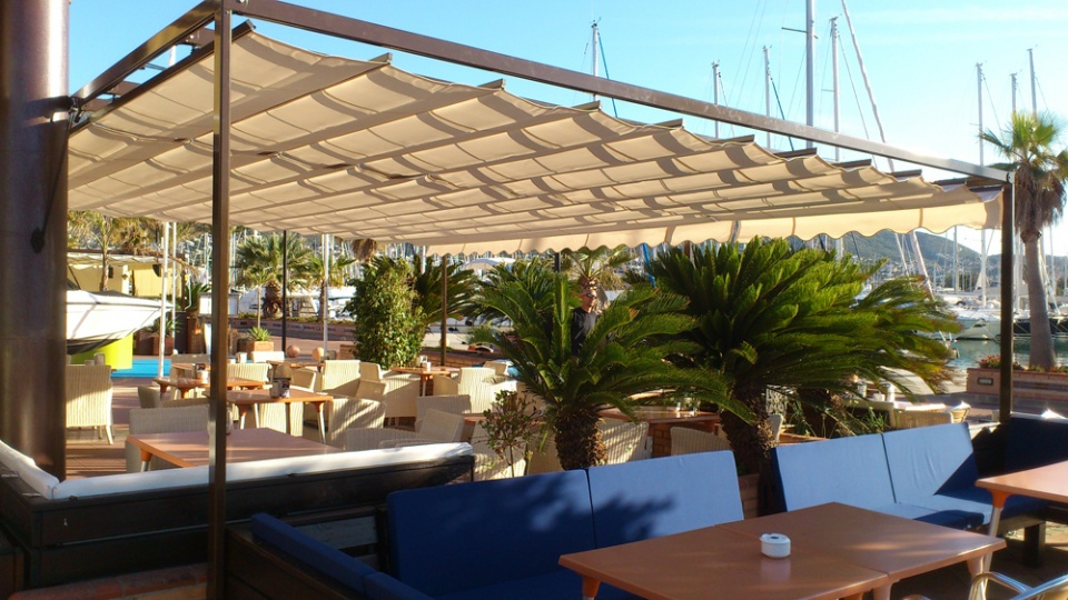 Framed Consetina Awnings Bar Latitude Denia