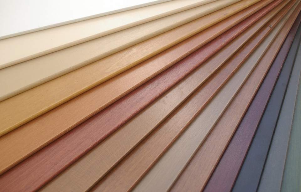 50mm Wooden Venetian Blinds: contrasting